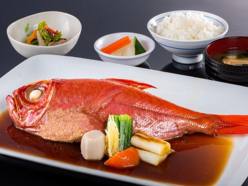 金目煮魚定食